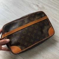 Clutch Louis Vuitton monogram new 90%