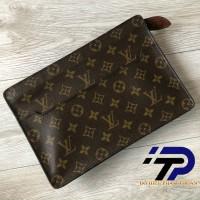 Clutch Louis Vuitton monogram new 95%